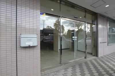 【エントランス】ミルディエス新坂町