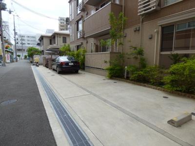 【駐車場】OKAZEN西駅前