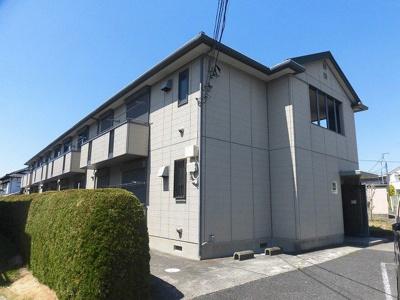 横浜市営地下鉄ブルーライン「中川」駅から徒歩圏内!緑豊かな住宅地にある2階建てアパートです♪小学校が近くてお子様のいるファミリーさんには嬉しい立地です☆