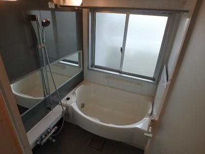 【浴室】ル・グランデ城東放出