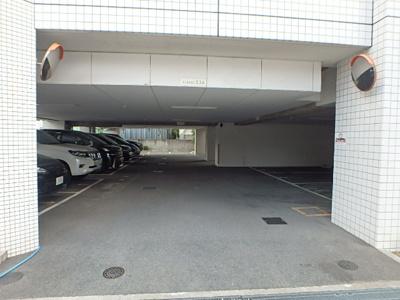 【駐車場】ル・グランデ城東放出
