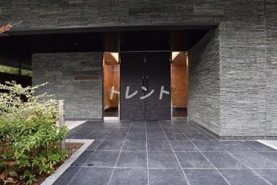 【エントランス】ウェスタ紀尾井町
