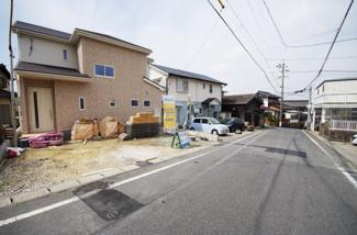 2号棟 前面道路含む現地(2018年02月)撮影