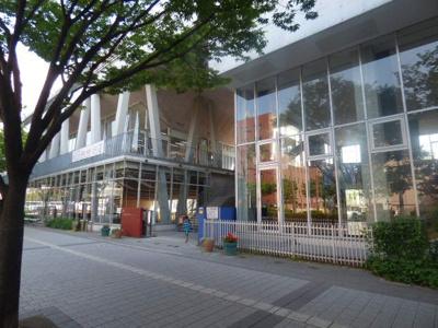 博多小学校です