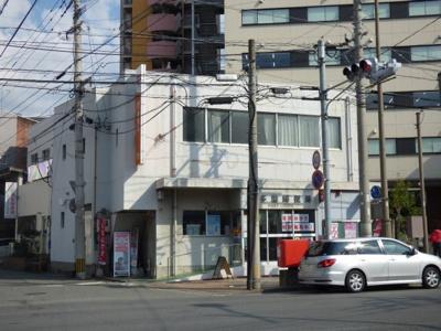 博多奈良屋郵便局まで595m