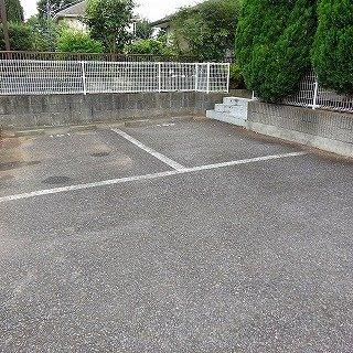 【駐車場】プリームローズ