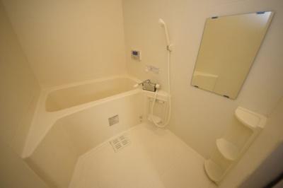 【浴室】エル・セレーノ灘岩屋