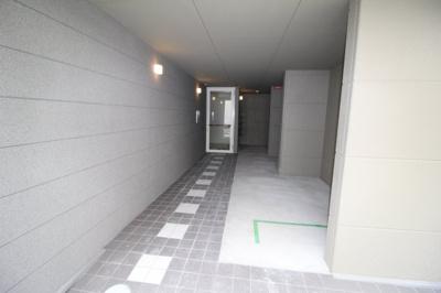 【玄関】ラポール末広19