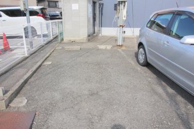 【駐車場】ベルビューカーサ