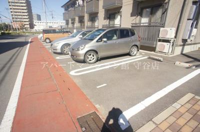 【駐車場】グラッド