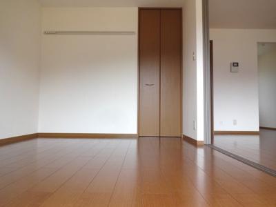 【寝室】リビオンA棟