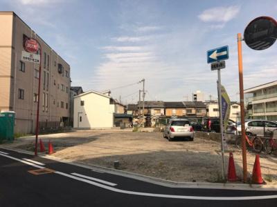 【前面道路含む現地写真】グラッド・タウン月出町 第2期