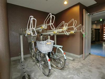 駐輪場も完備しております!