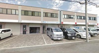 【外観】 前面空地駐車可 藤井寺市西大井 事務所付き倉庫