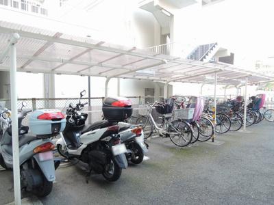 駐車場・バイク置場