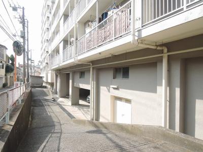 【駐車場】子安台第二ビル