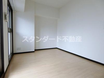 【居間・リビング】プレジオ東天満