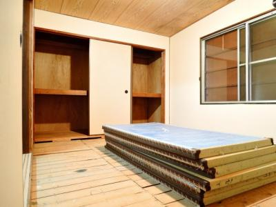 【寝室】中谷借家2戸一B号