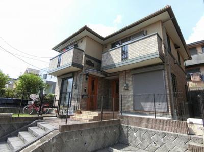 小田急多摩線「栗平」駅より徒歩6分の好立地!お買い物・通勤通学にも便利な人気のテラスハウスです☆