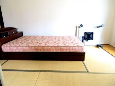 ベッド・コタツ付