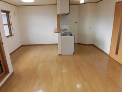【居間・リビング】パークメゾン曽根