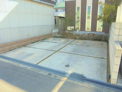 【駐車場】シャーメゾンパープルコート