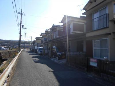 【前面道路含む現地写真】篠町広田二丁目 建築条件無 売土地