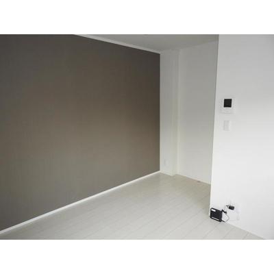 アイリーガーデンの洋室