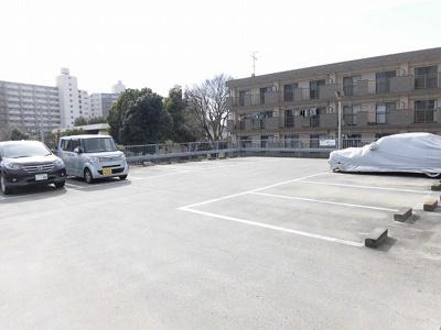 【駐車場】リベルテメノユ
