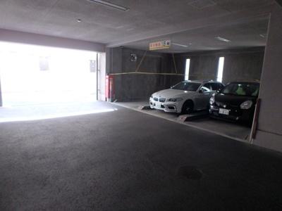 【駐車場】ロクマグランデ