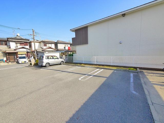【駐車場】ジェントルハウス