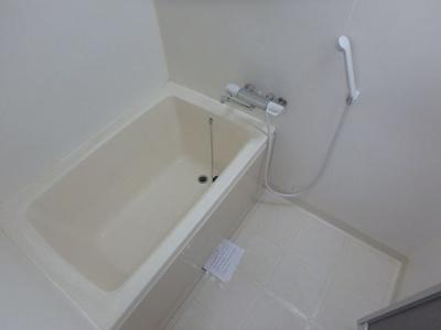 【浴室】グランドール杉の木