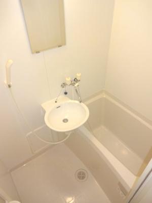 【浴室】レオパレス金仙寺湖二号館