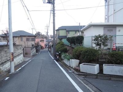 【周辺】久良岐ヶ丘住宅1号棟