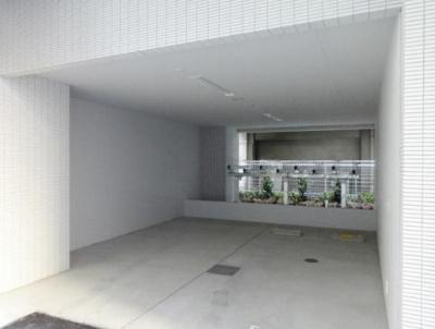 コンパル汐留駐輪場