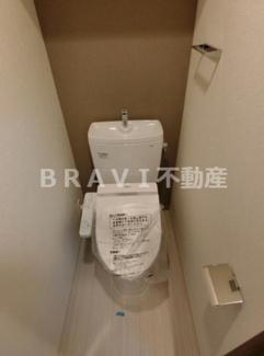 【プレサンス谷町七丁目Ⅱ】清潔感のあるトイレです