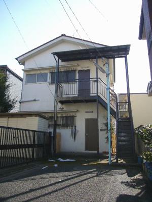 建物は昭和51年築です!でも2階の部屋の中を見てください!