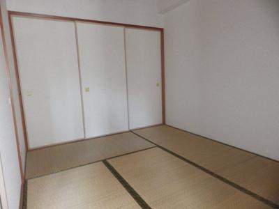 【寝室】サフィニア F