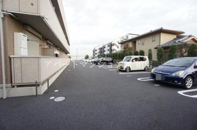 【駐車場】サフィール