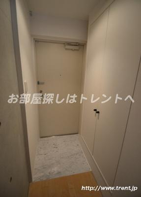 【玄関】モデュロール渋谷本町