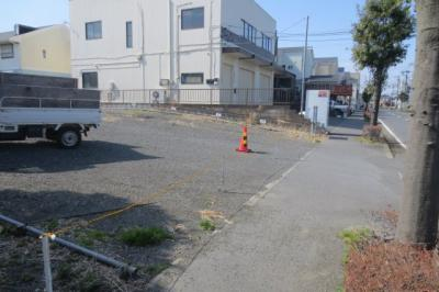藤沢市湘南台駅までバス12分☆区画整理地内で整備された環境です☆歩道も整備されているのでお子様にも安心です☆