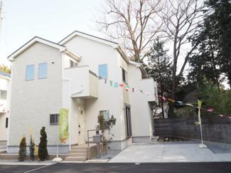 全4区画の、デザイナーズ住宅です (^O^)