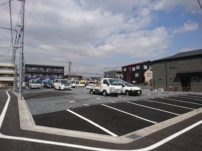 舗装された駐車場もご用意あります 賃料14,000円 (税別)15,120円