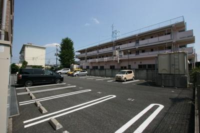 【駐車場】FメゾンⅡ