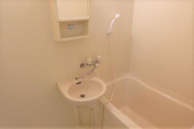 【浴室】ヴィラ・ラフィーネ