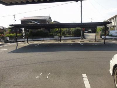 【駐車場】グランドールシャングリラB