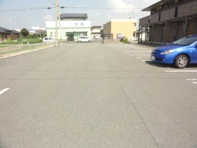 【駐車場】セジュール・シャイニング A棟