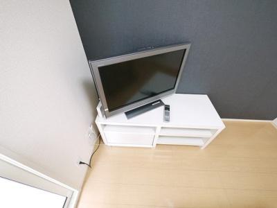 大きなテレビもついてますよ。