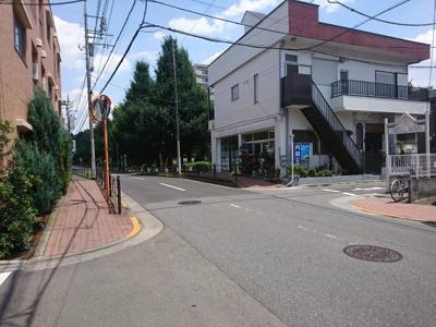 前面道路(光が丘公園方面)
