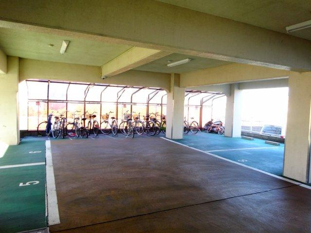 【駐車場】SAINTS 1号館